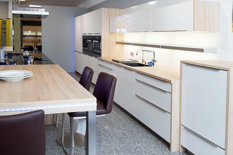 ausstellungs dokumentation 14 k chen von tech art k chen design gro heubach miltenberg. Black Bedroom Furniture Sets. Home Design Ideas