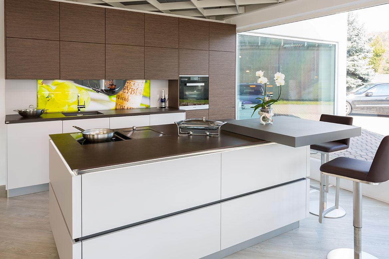 ausstellungs dokumentation 32 k chen von tech art k chen design gro heubach miltenberg. Black Bedroom Furniture Sets. Home Design Ideas